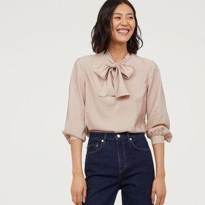 GORGEOUS H&M Bow Blouse
